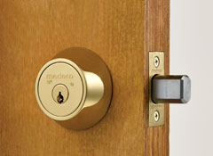 Locksmith Bristol to ensure security from all angles