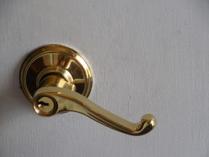 lock repairs of all kinds golden door handle